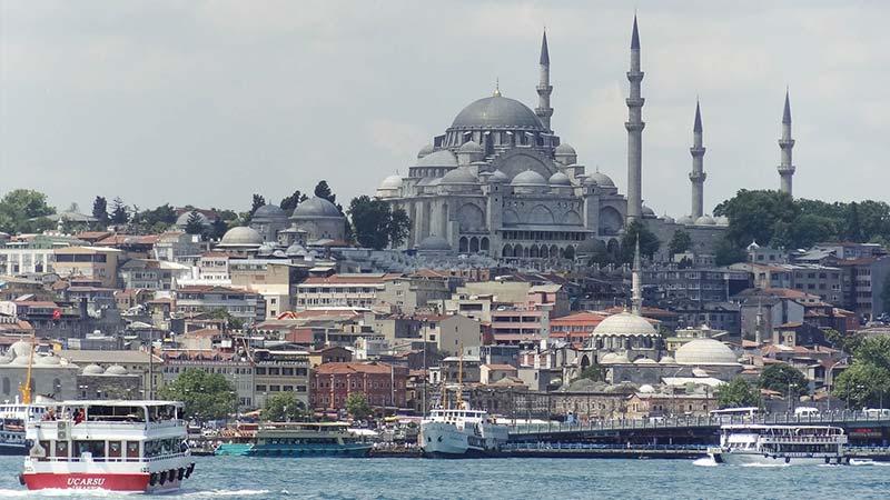 Vista de Estambul desde el Bósforo