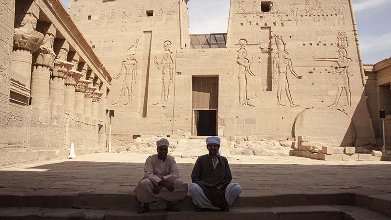 Egipto - Bien custodiada la entrada al Templo de Philae