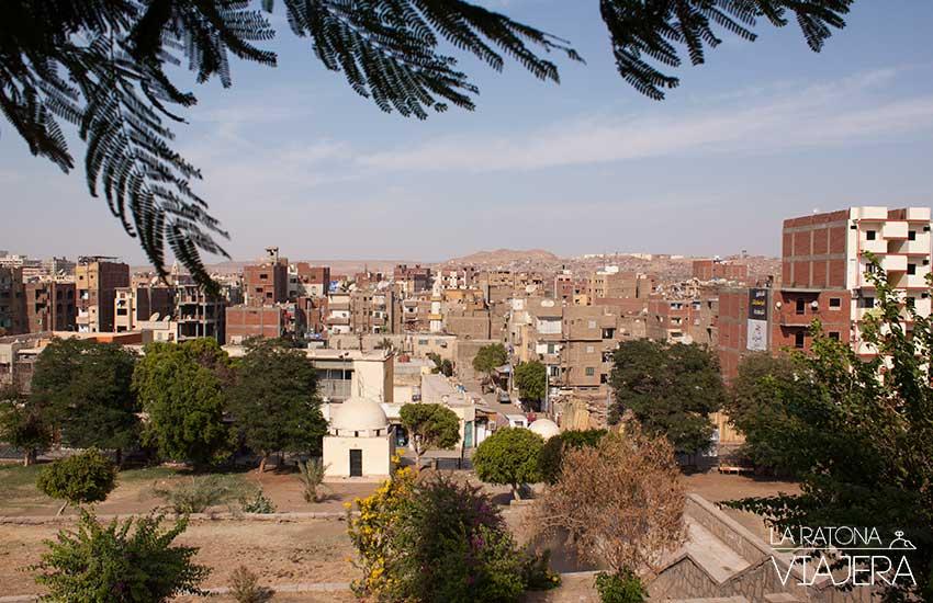Vista de Aswan desde la Mezquita