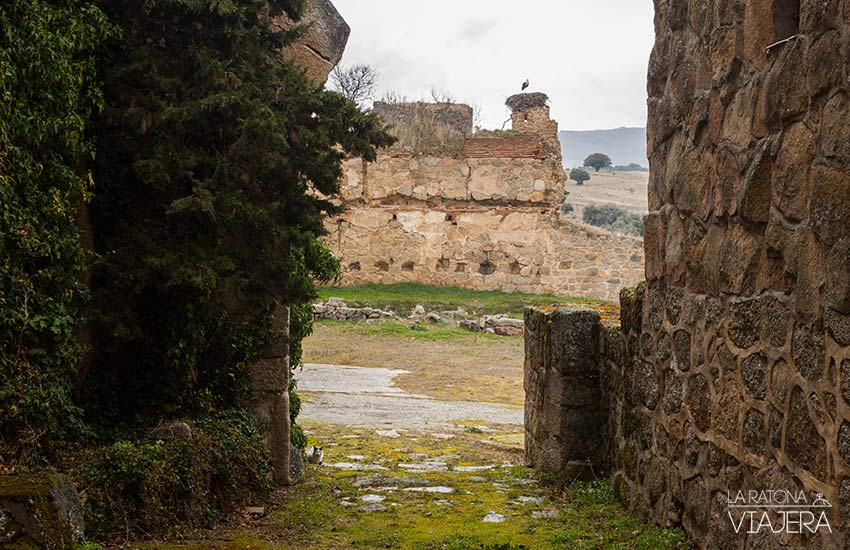 Vista de las ruinas del castillo en Bonilla de la Sierra
